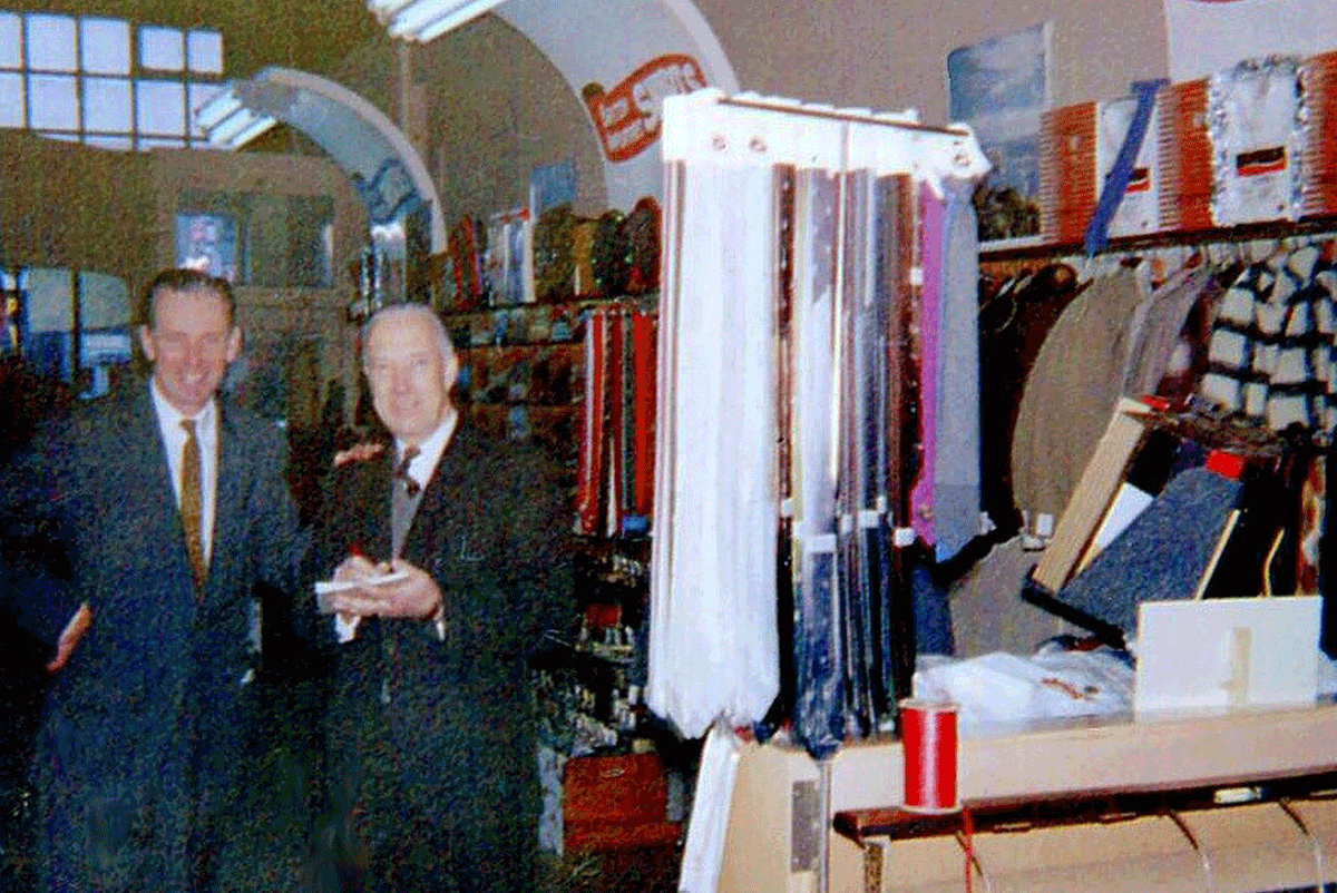 Bernie Rogers & Tom Armstrong at at 641 Yates Christmas 1960